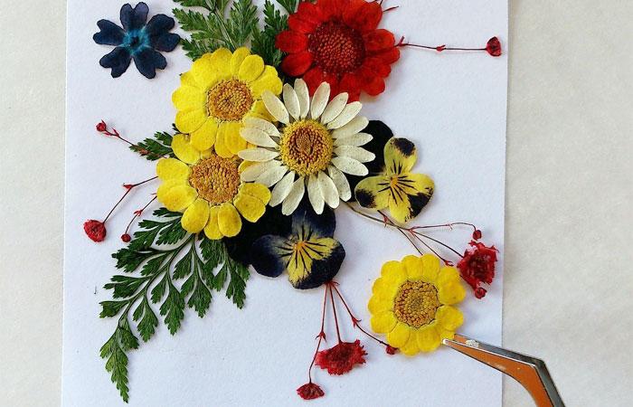 お気に入りのお花で押し花